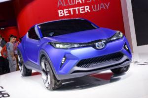 Toyota Concept C-HR fährt im Buggy-Stil vor