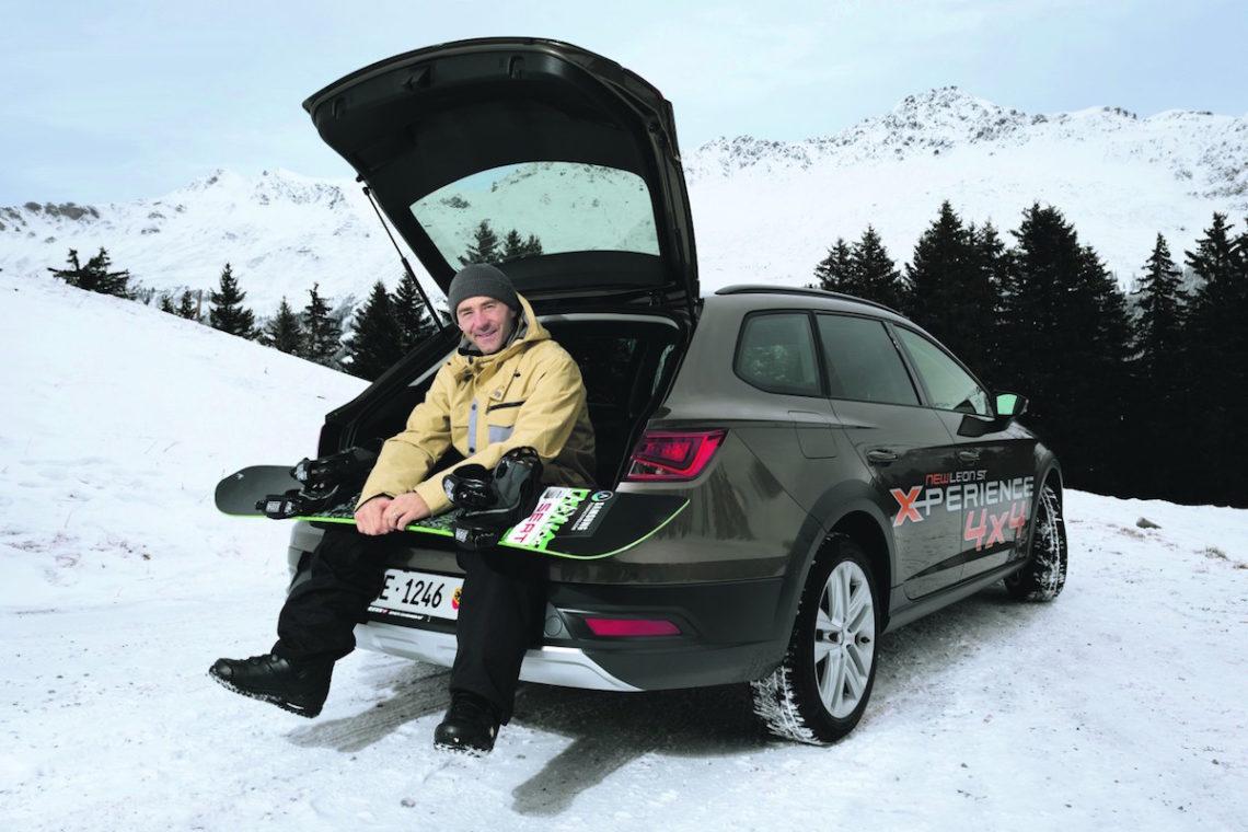 Gian Simmen mit neuem Dienstwagen