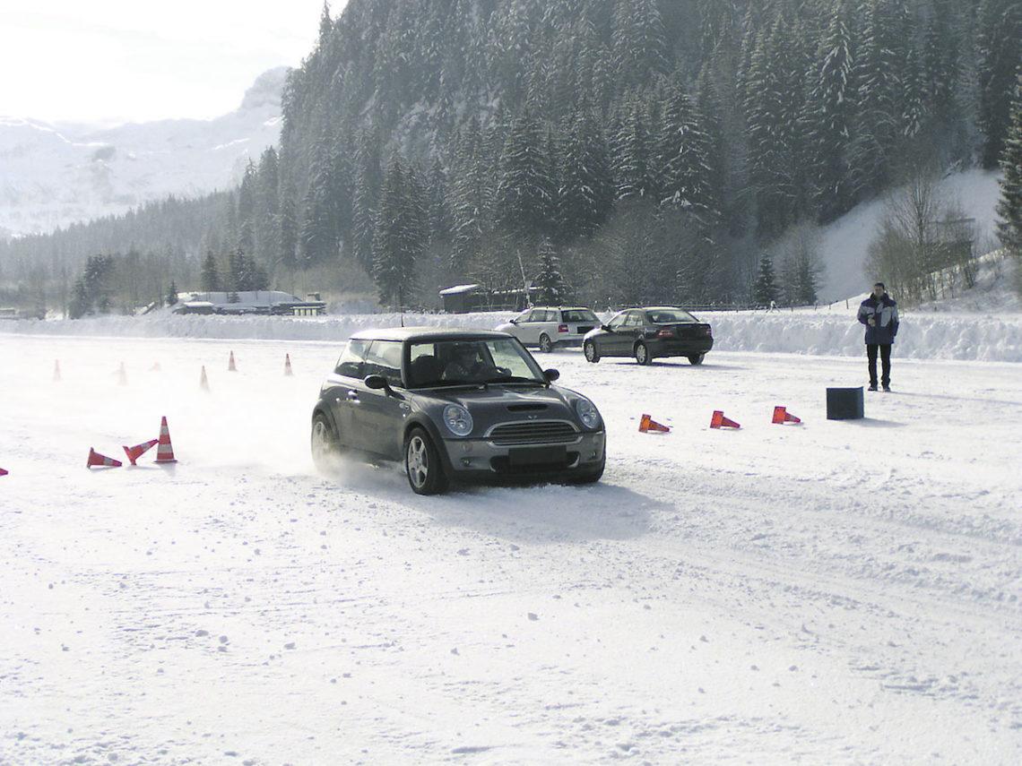 4×4 Schweiz verlost gemeinsam mit dem TCS (Sektion BEO) ein Winterfahrtraining.