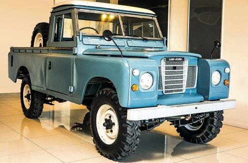 Land Rover Series III Bob Marley nach der Restauration
