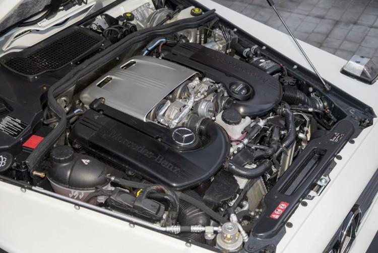 Mercedes-Benz G500 4x4² V8