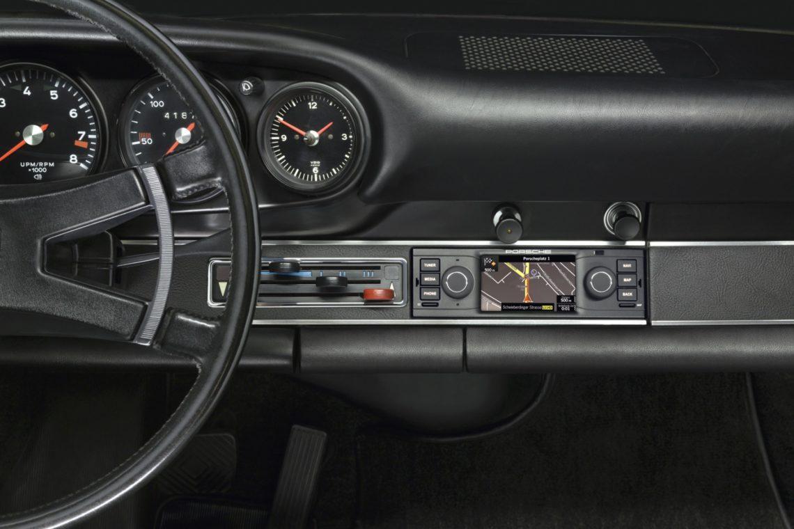 Porsche-Radio zum Oldtimer-Nachrüsten