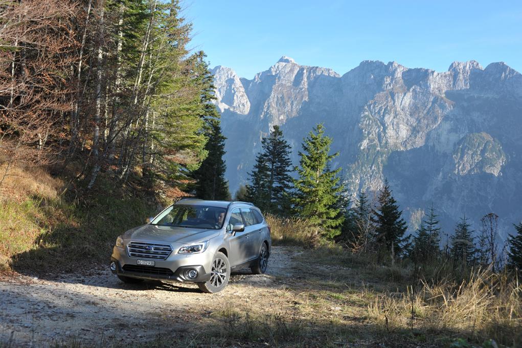 Subaru Outback 2015 und Forester mit den neuen Preisen.