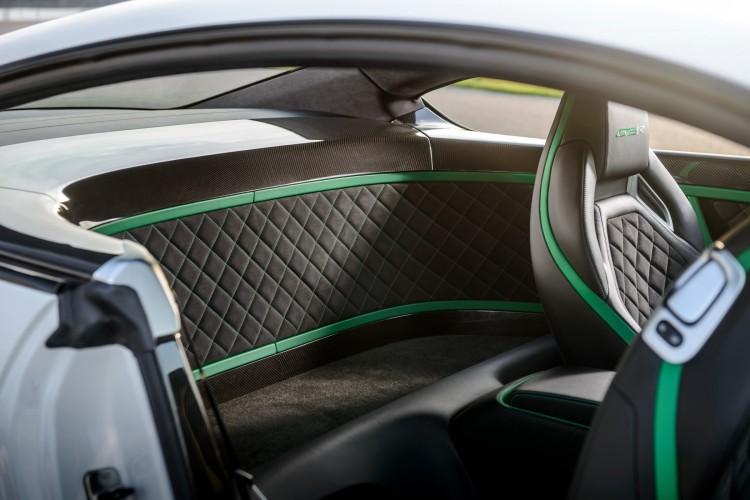 Bentley Continental GT3-R Fond