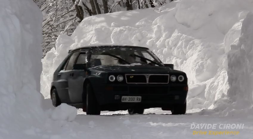 Video: first day of snow (men vs women)