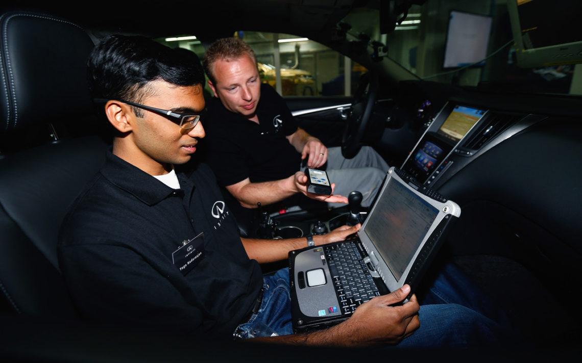 Infiniti sucht junge Formel-1-Techniker