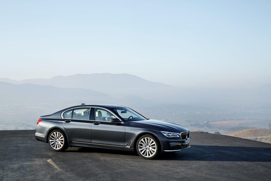 Der neue 7er BMW reagiert auf Handzeichen
