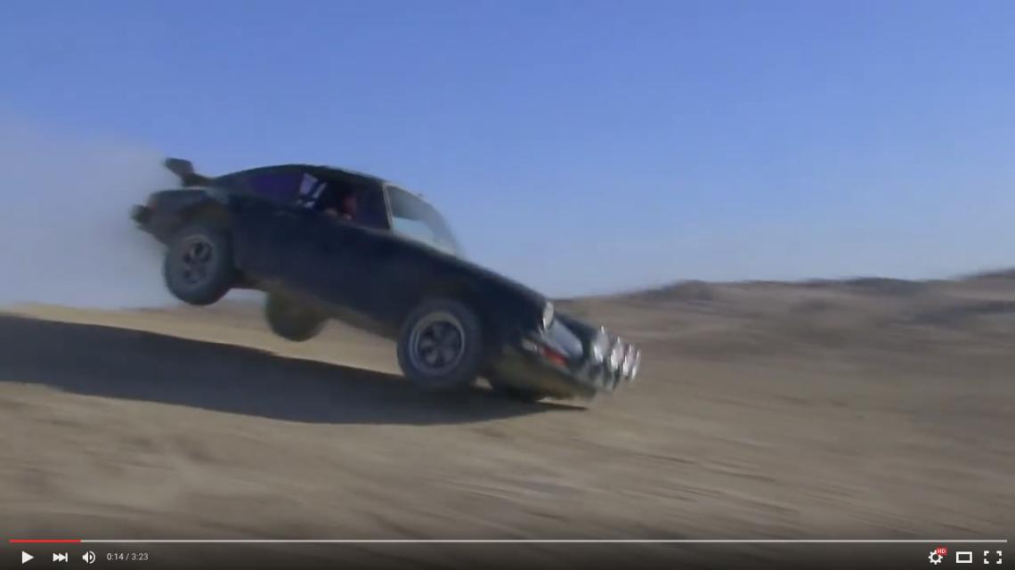 Video: Ein Porsche 911 off road