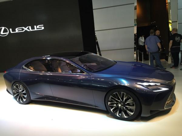 Lexus zeigt, dass man Luxus kann