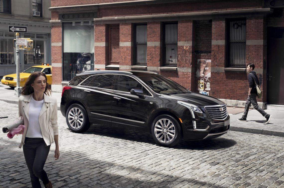 4x4Schweiz-News: Cadillac XT5, in der City mit Menschen