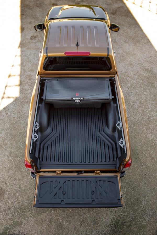Nissan KingCab_Navara129