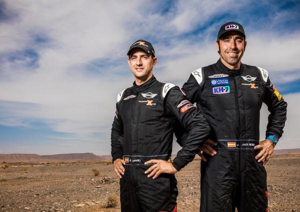 "4x4Schweiz-News: MINI benennt die internationalen Fahrerpaarungen des MINI ALL4 Racing für die Rallye Dakar 2016: Joan ""Nani"" Roma (ESP) Alex Haro (ESP) – MINI ALL4 Racing – X-raid Team – Dakar 2016 (11/2015)"