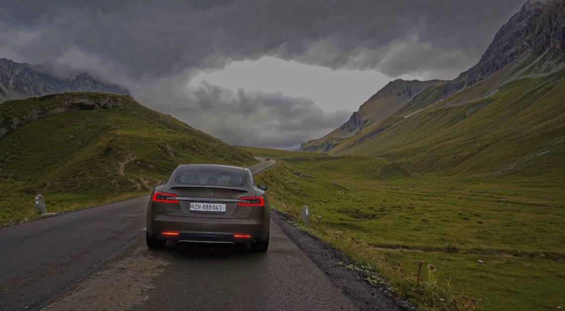 Tesla korrigiert Leistungsangaben seines Model S