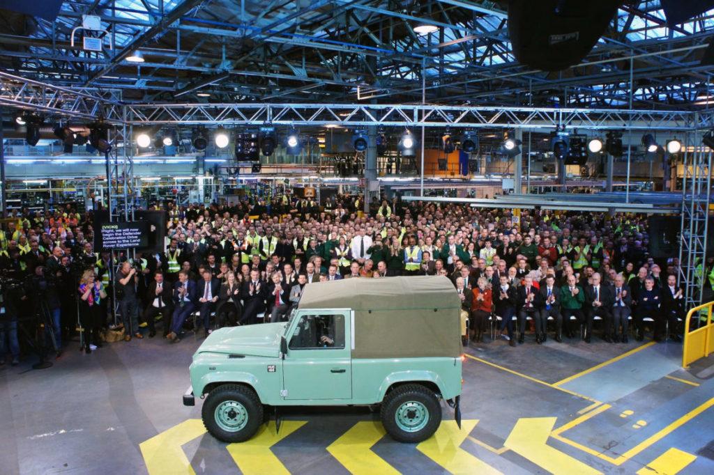 4x4Schweiz-News: Der allerletzte Land Rover Defender, 2'016'933 wurden davon gebaut, verlässt das Werk