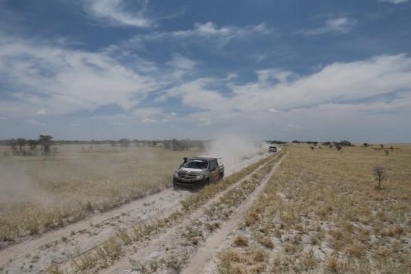 Andere Autos? Fehlanzeige. Viel Geländefähigkeit ist übrigens gar nicht nötig, um das Territorium erfolgreich unter die Räder zu nehmen.