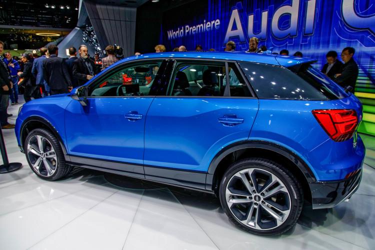 4x4Schweiz-News: Autosalon Genf 2016, Audi Q2 Weltpremieren blau