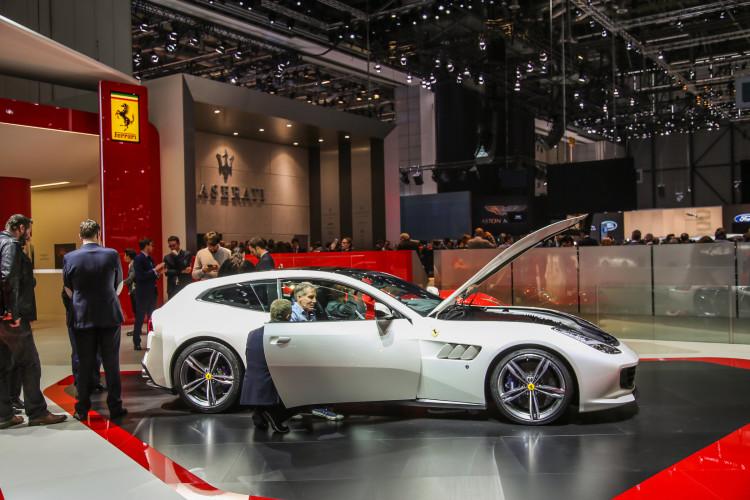 4x4Schweiz-News: Autosalon Genf 2016, Ferrari  GTC4 Lusso