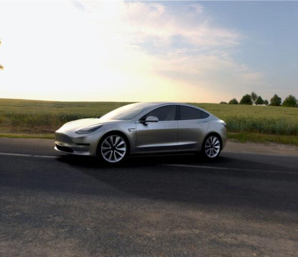 Tesla Model 3_3