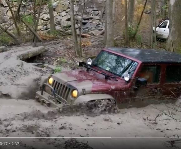 Jeep Wrangler JK Video Mudhole
