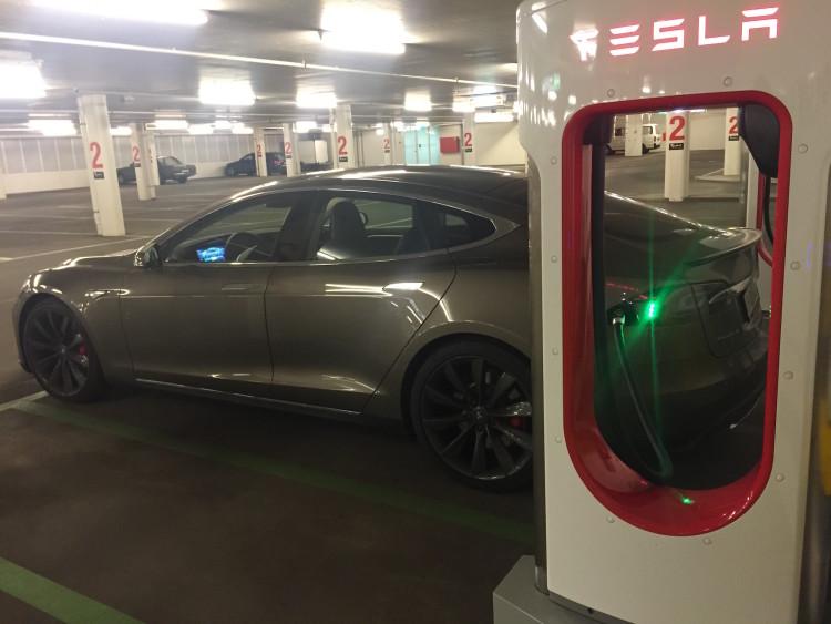 Tesla Model S Roadtrip 2015 Supercharger St Moritz