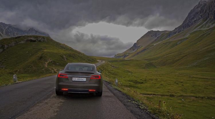 Tesla Model S Roadtrip 2015 Albulapass