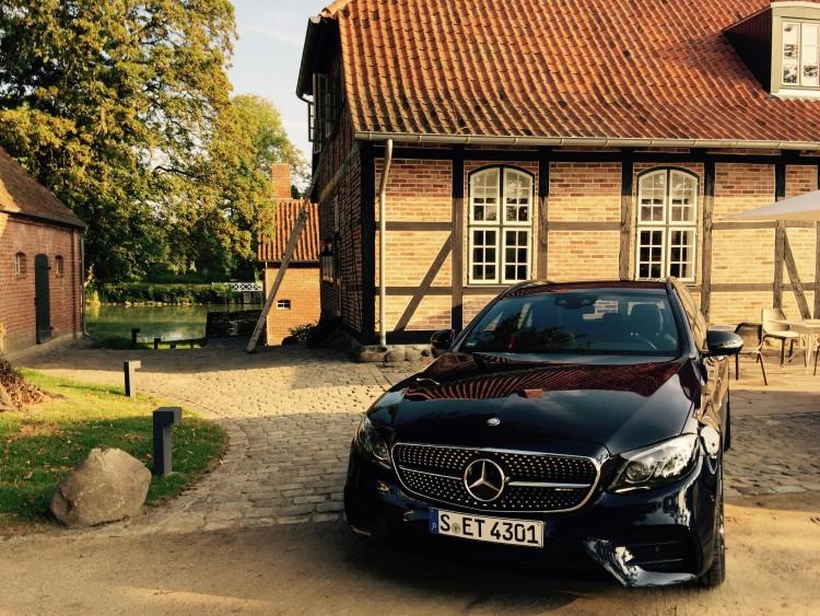 Mercedes-Benz, E-Klasse T-Modell E 220 d 4MATIC Front