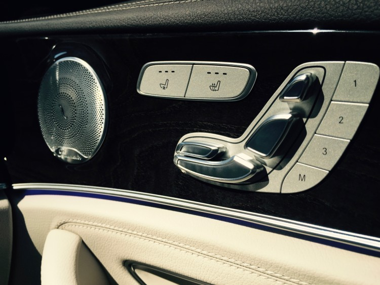 Mercedes-Benz, E-Klasse T-Modell E 220 d 4MATIC Burmester