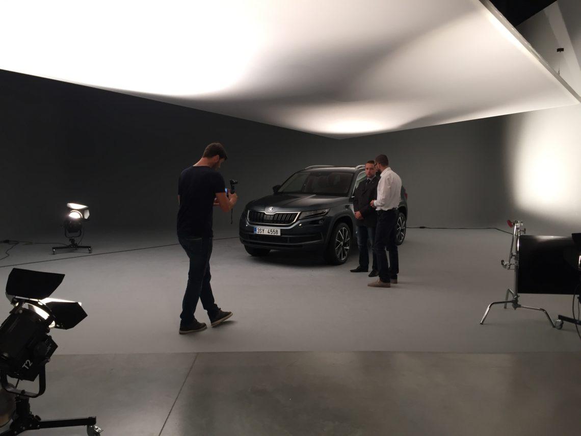 Vaclav Jecny erklärt die Details am neuen Skoda Kodiaq SUV