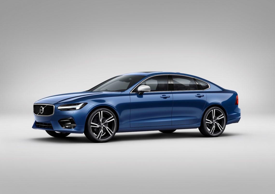 Volvo bietet den S90 im R-Design an