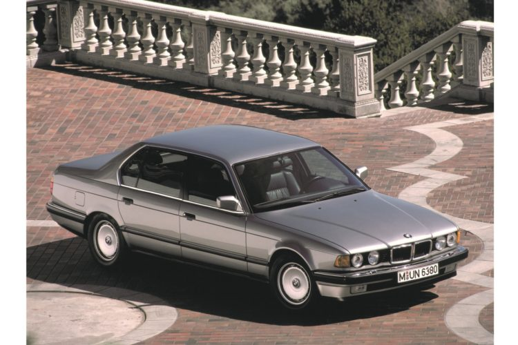 BMW 750iL: Die Langversion mit Zwölfzylinder der Generation E32