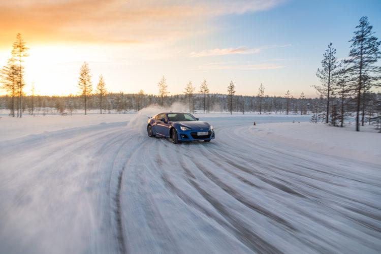4x4Schweiz: Subaru Snow Drive 2017 Subaru BRZ
