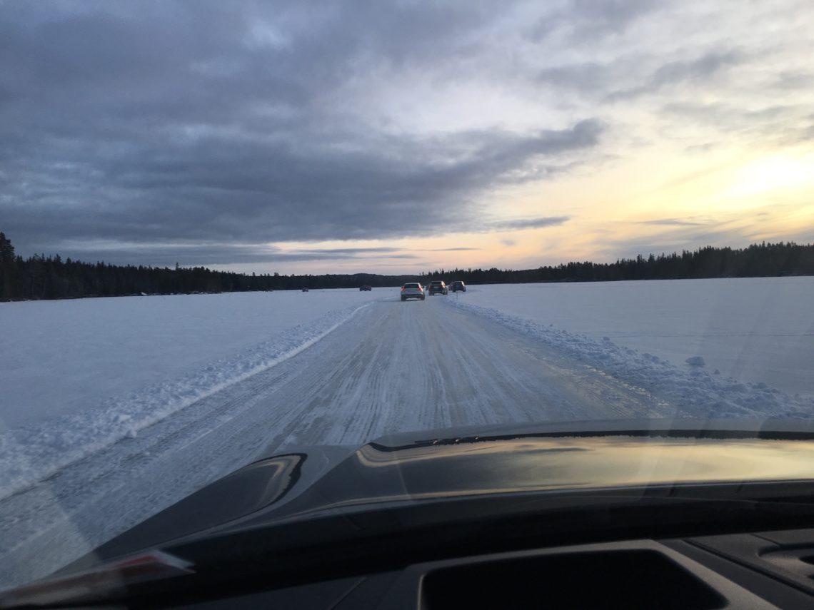 Atemlos im Volvo über schwedisches Eis