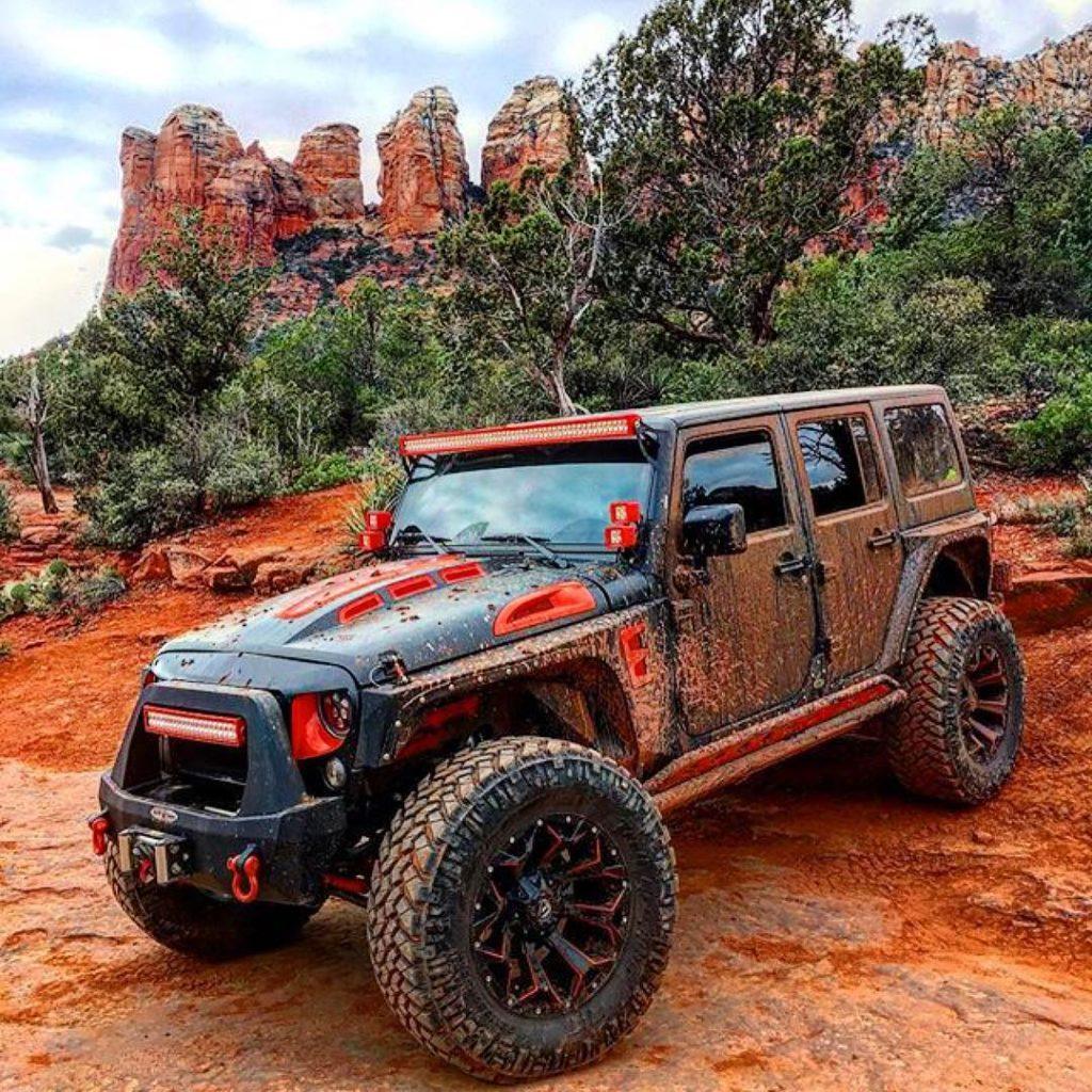 Jeep MuddyMonday