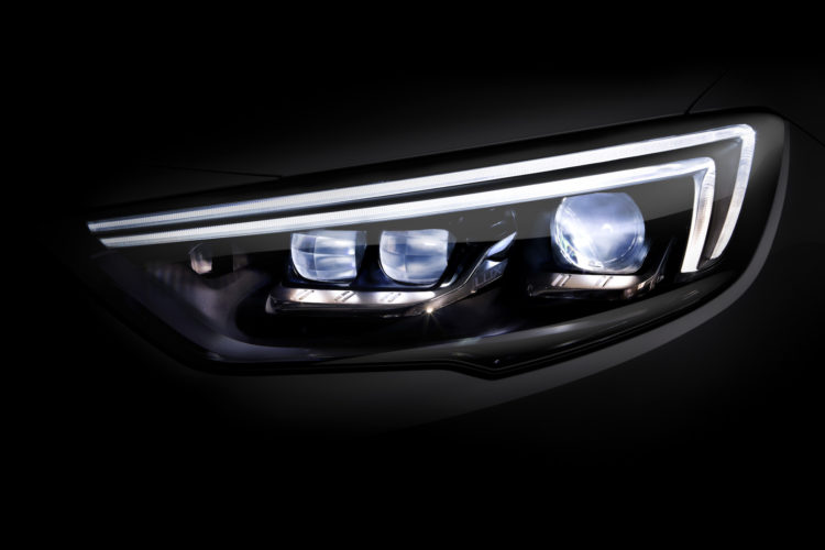 Opel Insignia IntelliLux LED-Matrix Licht