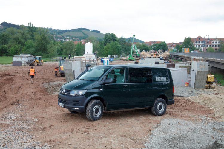 4x4Schweiz-Test: VW T6 Rockton 4Motion Offroad auf Baustelle