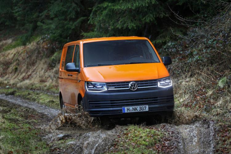 4x4Schweiz-Test: VW T6 Rockton 4Motion Offroad im Wald