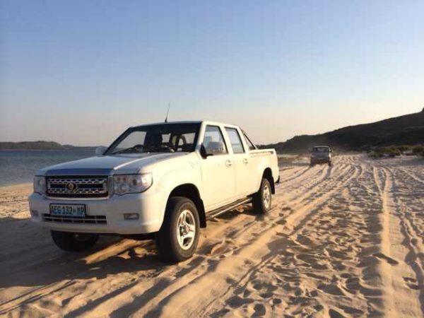Allradfahrzeuge aus und für Afrika, hier der Matchedje Motors – der ersten Automarke Mosambiks