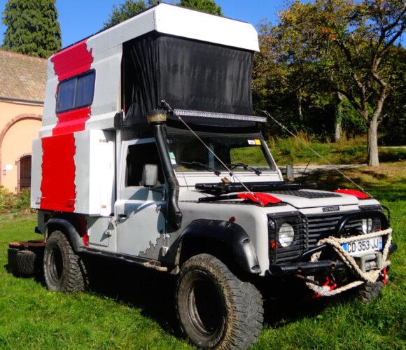 Wild Fennec Land Rover Defender 110