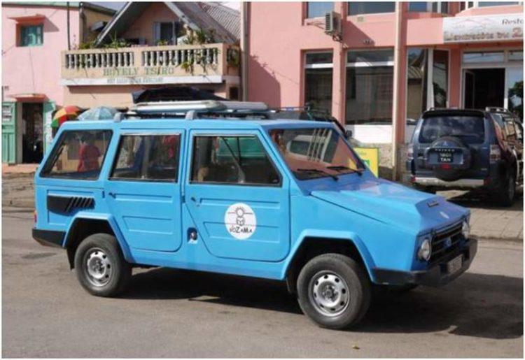 Allradfahrzeuge aus und für Afrika, hier der Karenjy aus Madagaskar