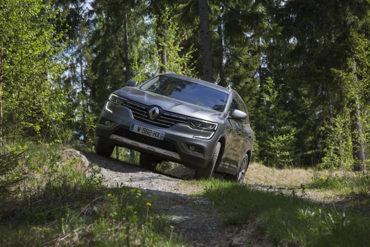 Schrägfahrt im #NewRenaultKOLEOS Renault Koleos 2017