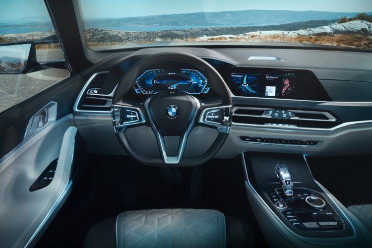BMW X7 iPerformance Concept Cockpit