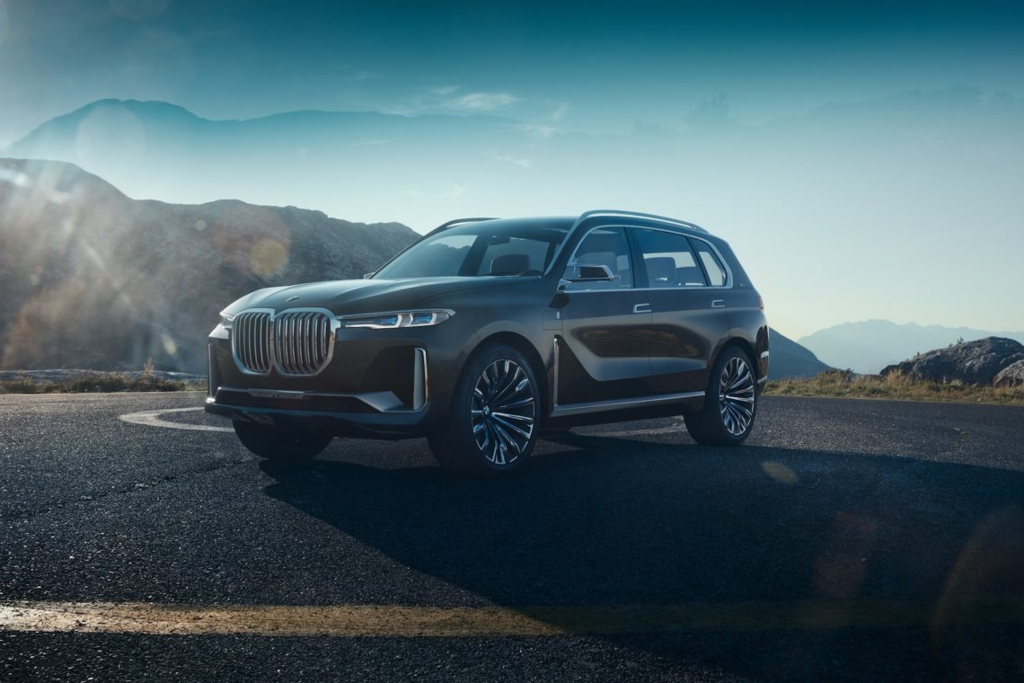 Monströs: BMW X7 iPerformance