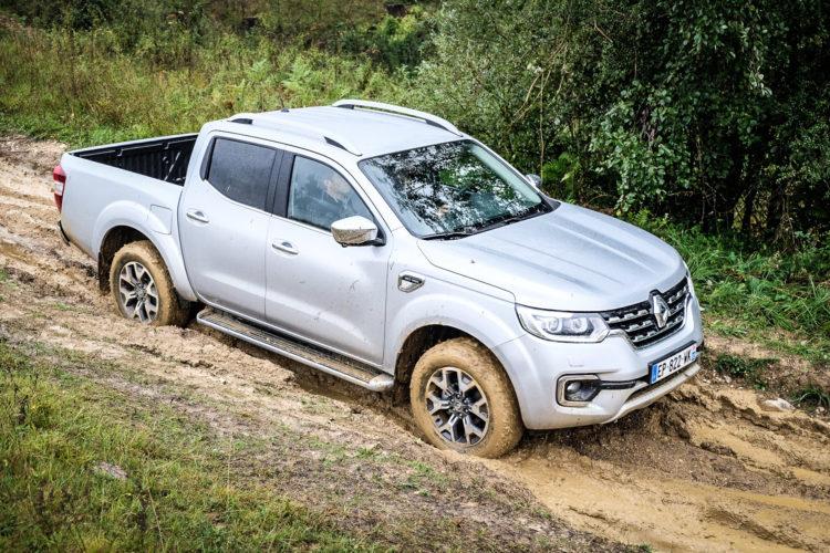 Renault Alaskan auf der Offroad-Teststrecke