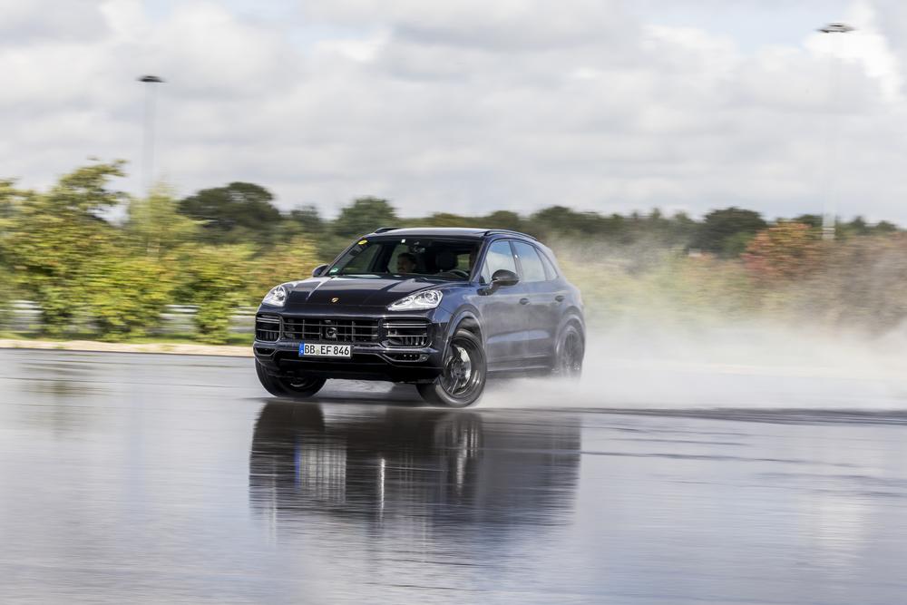 Der neue Porsche Cayenne – ein erster Mitfahrbericht.