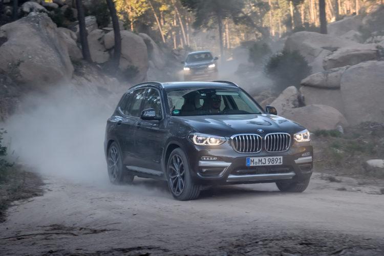 Nils Deparade von 4x4Schweiz im neuen BMW X3 30d