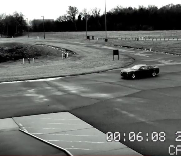 FUN-Video Jeffrey Michael Gordon NASCAR legt Autoverkäufer rein