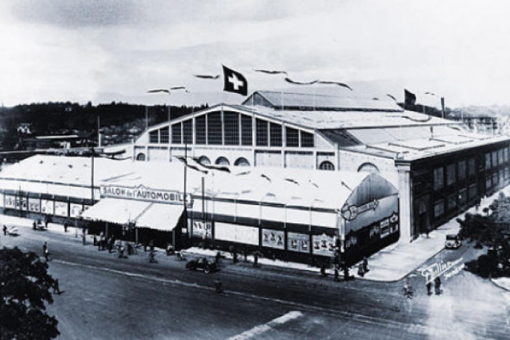 Ausstellungshalle des ersten Genfer Autosalon von aussen