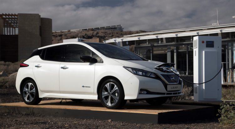 Nissan Leaf am tanken