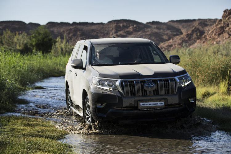 Toyota Land Cruiser Wasserdurchfahrt