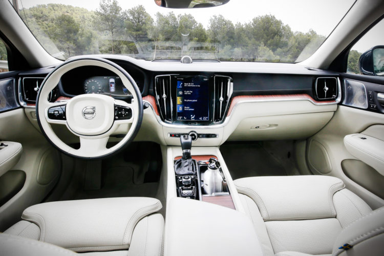 Volvo V60 T6 - Cockpit